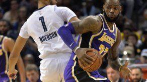 LeBron y los Lakers vencen con facilidad a los Grizzlies