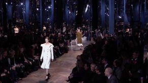Schiaparelli y Christian Dior atraen a las celebrities para la Alta Costura