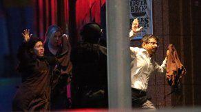 Dos rehenes planearon acuchillar a secuestrador en Sydney