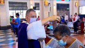 Panameños inician la Cuaresma con una imposición de cenizas diferente
