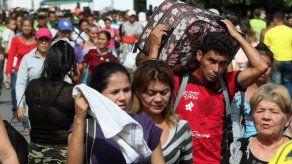 Flujo de venezolanos hacia Colombia impacta en proceso de paz con FARC