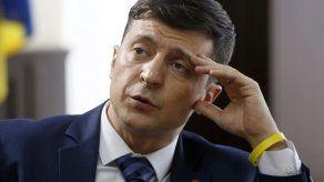 Comediante encabeza la contienda presidencial en Ucrania