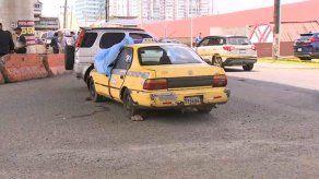 Balacera en la Transístmica deja dos muertos dentro de un taxi