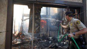 Reportan cinco fallecidos en incendio en el norte de California