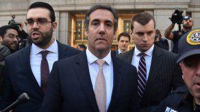 AT&T reconoce que contratar al abogado de Trump fue un gran error