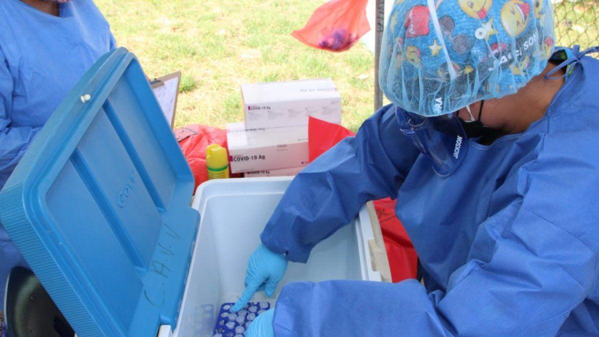 Los Equipos Unificados de Trazabilidad (EUT) realizan pruebas para detectar la COVID-19.