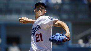 Buehler poncha a 11 en barrida de Dodgers sobre Marlins