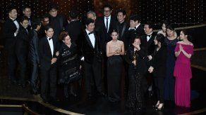 La surcoreana Parásitos hace historia al ganar el Óscar a mejor película