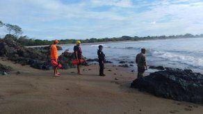 Autoridades previenen sobre fuerte oleaje que podría alcanzar los 5 metros de altura en el Pacífico