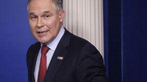 Registros: Titular de la EPA viajó con fondos del erario