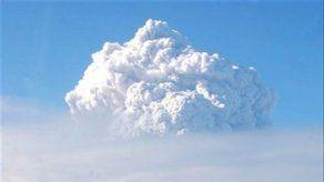 Volcán chileno Chaitén reanuda fuerte actividad
