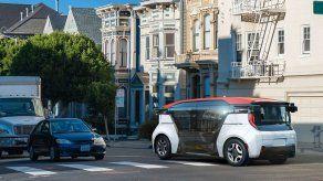 Una empresa de EEUU presenta un autobús autónomo sin pedales ni volante
