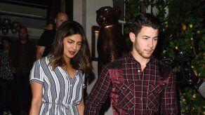 Nick Jonas y Priyanka Chopra buscan una nueva mansión