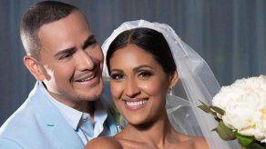 El salsero puertorriqueño Víctor Manuelle se casa tras 13 años de relación