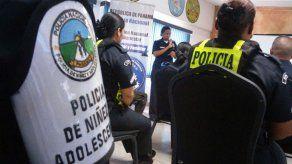 Policías se capacitan en lenguaje de señas