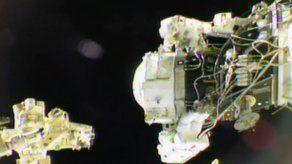 Astronautas de EEUU instalaron un estacionamiento en la ISS