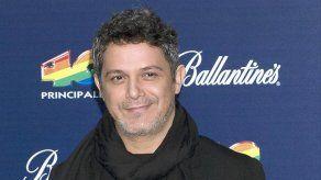 Alejandro Sanz apunta a una futura colaboración con Rosalía