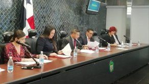 Comisión de Comercio prohíja anteproyecto que busca regular los contratos de escuelas privadas