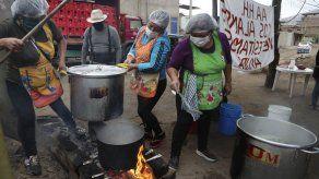 Crisis económica por COVID-19 genera ollas comunes en Perú