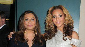 La madre de Beyoncé se siente sexy y llena de energía a sus 61 años