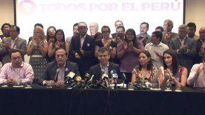 Guzmán espera que se revierta fallo que lo excluye de elecciones en Perú