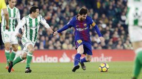 Barcelona y Real Madrid golean a Betis y Deportivo