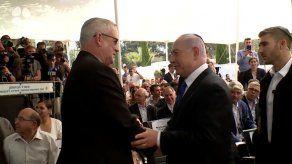 Benjamin Netanyahu llama a Gantz a formar un gobierno de unión en Israel