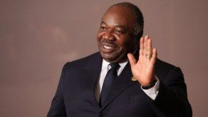 Gabon reconoce que el presidente Bongo está gravemente enfermo pero se recupera