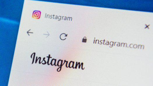Los fiscales  aseguran que el uso de las redes sociales puede ser perjudicial para la salud y el bienestar de los menores.