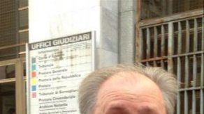 Condenan a tres amigos de Berlusconi por procurarle prostitutas