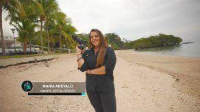 María Arévalo: fotógrafa y diseñadora gráfica.