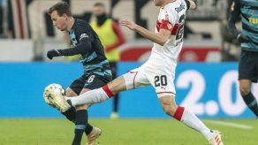 Padre de capitán de Stuttgart muere en estadio tras partido