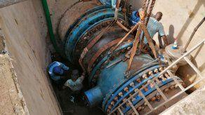 Los trabajos del Idaan que se realizan en el sector en estos momentos consistían en la instalación de las piezas que requerían de mucha precisión