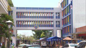 Dos menores de edad se mantienen en la unidad de cuidados intensivo del Hospital del Niño.
