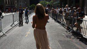 Nueva York celebra 10 años de marchas por la igualdad de género en topless