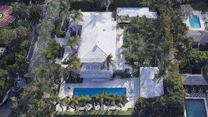 La propiedad estaba ubicada en un barrio exclusivo del condado de Palm Beach y fue comprada por Jefrrey Epstein en 1990.