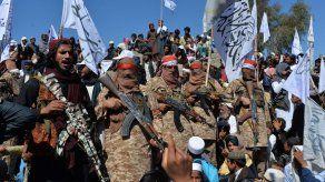Talibanes anuncian fin de la tregua parcial en Afganistán