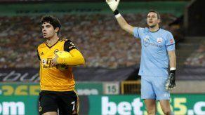 Wolverhampton y Palace tropiezan tras bajas por COVID