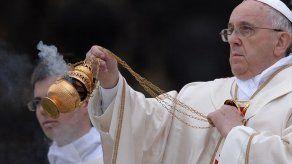 El Papa invita a los cubanos a alegrarse