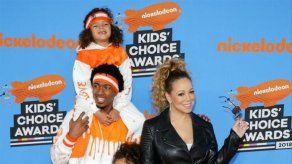 Hijo de Mariah Carey y Nick Cannon compone una canción navideña sobre pechos