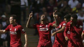 Liverpool y Chelsea siguen con paso perfecto en la Premier