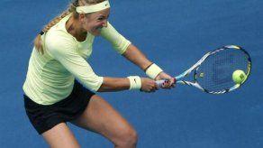 Azarenka y Sharapova avanzan a octavos en Masters de Madrid
