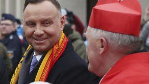 Presidente de Polonia no irá a ceremonia por Auschwitz