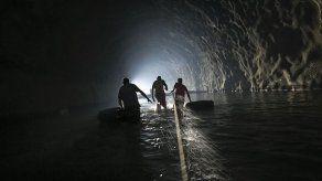 Venezolanos toman medidas extraordinarias ante falta de agua