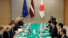 La UE y Japón anuncian haber finalizado su acuerdo de libre comercio