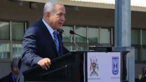 Netanyahu inicia en Uganda una histórica gira por África en la que conmemoró la operación Entebbe