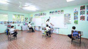 Retorno gradual a clases semipresenciales podría iniciar el 12 de abril