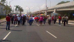 Docentes protestaron en Colón y Chepo