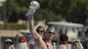 Super Bowl: Conexión Brady-Gronk