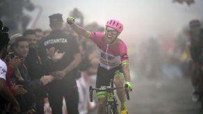 El líder Yates cede tiempo y Quintana sufre en la Vuelta